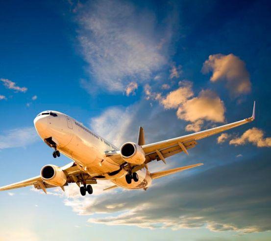 Фотообои Самолет в облаках 9389