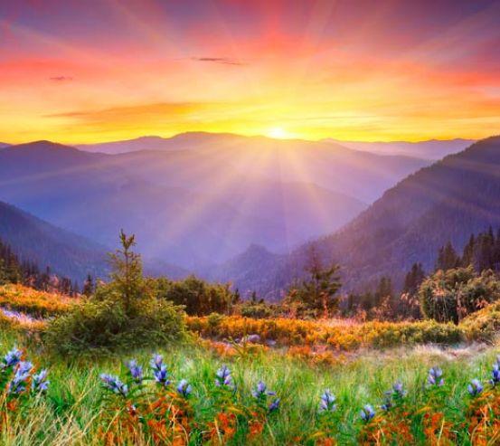 Фотообои Рассвет в горах 0100