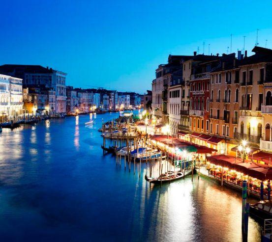 Фотообои Кафе у воды, Венеция 7857