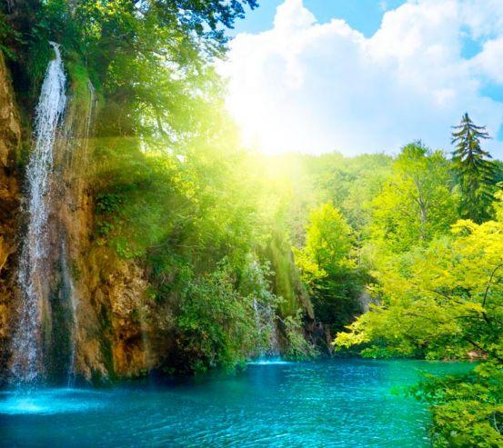 Фотообои Водопад, зелень 0110