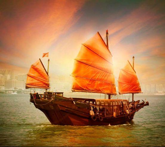 Фотообои Корабль с оранжевыми парусами 0612