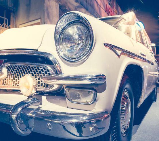 Фотообои белая машина 20994