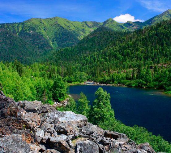 Фотообои Дыхание гор, вода 9993