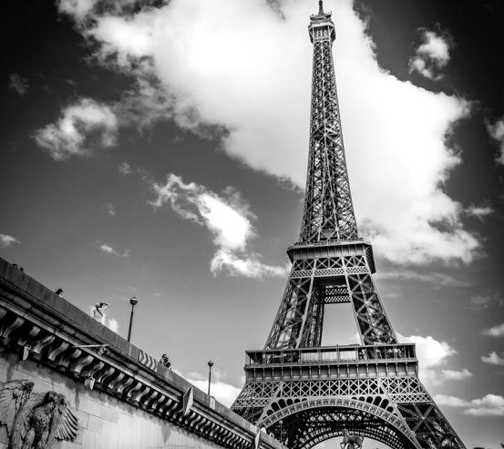 Фотообои Париж черно-белый 21681