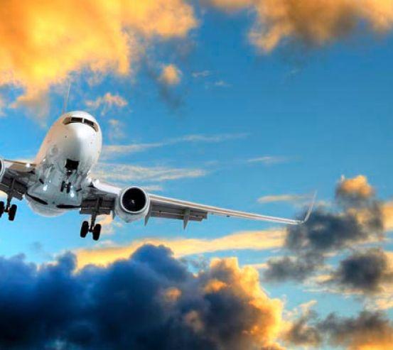 Фотообои Самолет в небе 4404