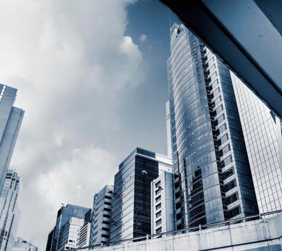 Фотообои Могучие многоэтажки 7186