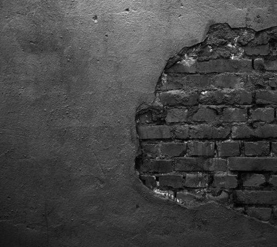 Фотошпалери Чорна цегляна стіна із штукатуркою 21028