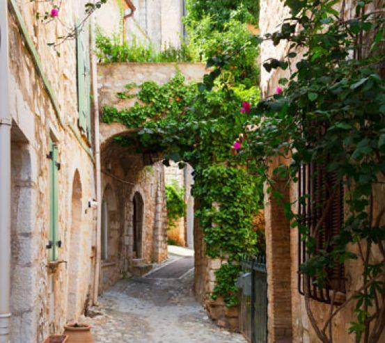 Фотообои Улочка в старом городе 22751