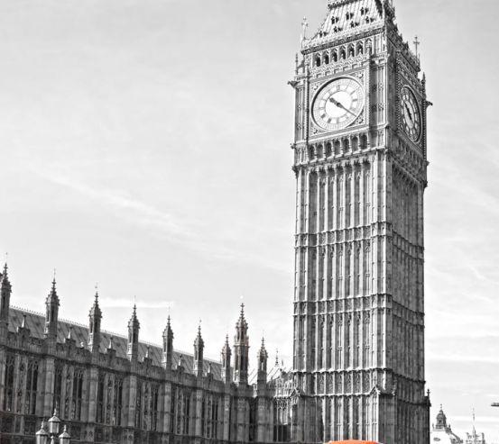 Фотообои красный автобус возле Биг Бена в Лондоне 20497