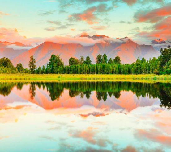 Фотообои Ёлки,горы, вода 5466