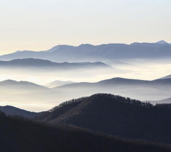 Фотообои горы за горами 20996