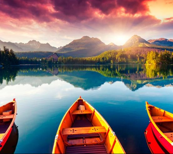 Фотообои Три лодки, вода 10573